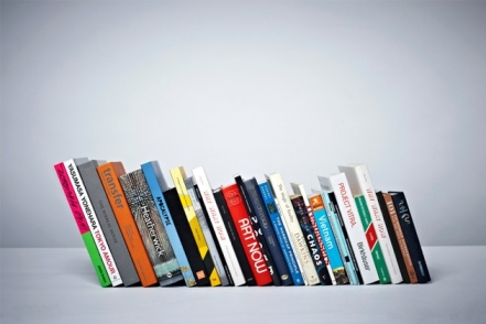 invisible_bookshelf3