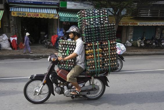 Motorbike-Loads-08