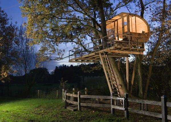 baumraum-treehouse-1-620x