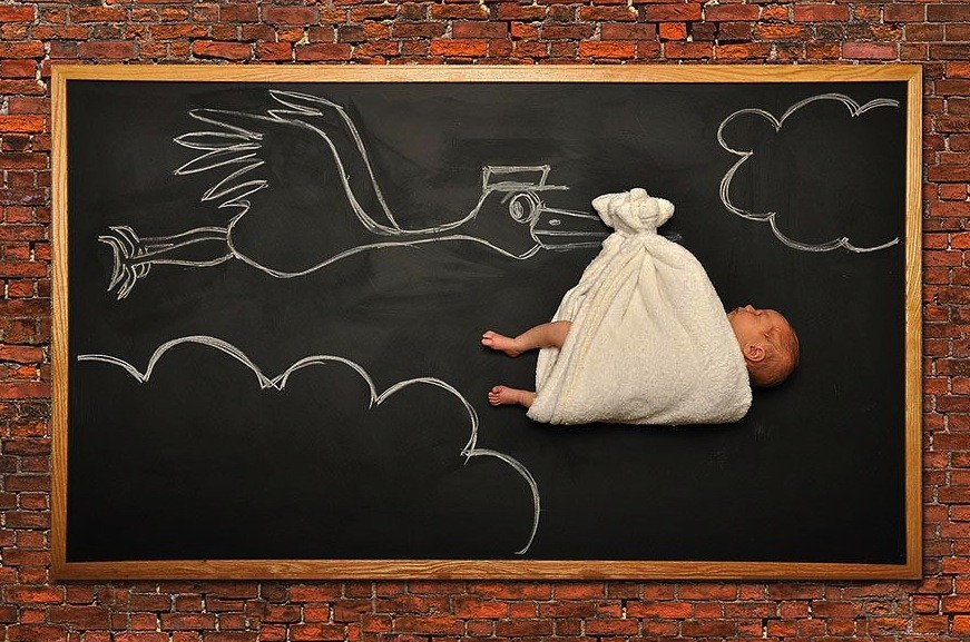 cute-blackboard-baby-photos-anna-eftimie-2__880-934x