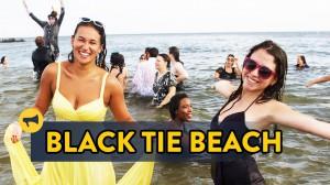 スーツとドレスで海を楽しむBlack Tie Beach 2014