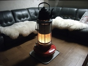 冬場は暖房器具で湿度を下げる。